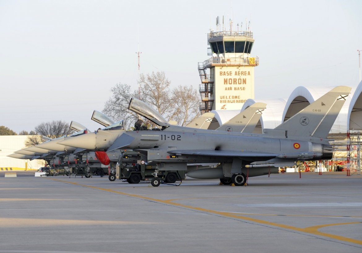 Eurofighter Typhoon   SPAF Eurofighter ground operations at