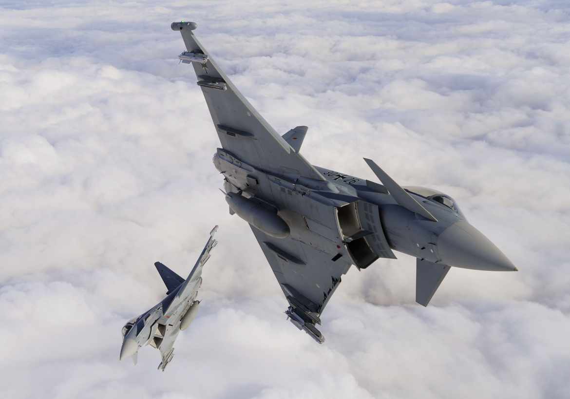 Eurofighter Typhoon   German Air Force Air-Air over Lithuania