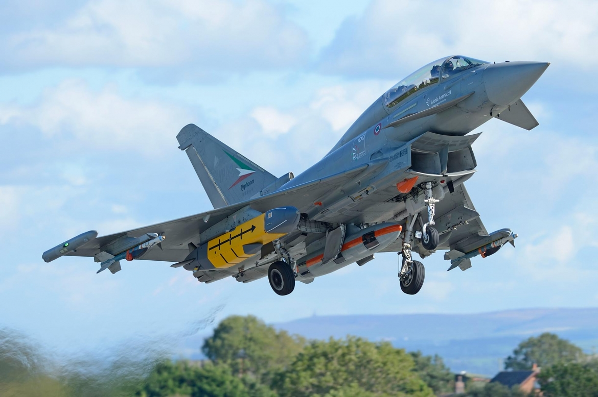 First Storm Shadow missile successfully released from a Eurofighter Typhoon