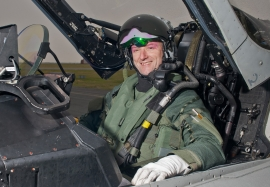 Nat Makepeace achieves 5,000 flying hours
